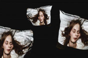 Kissenschlacht-Cara-kalypso-pillow-fight-sleeping-beauty-faces