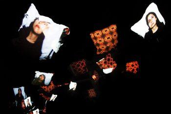 Kissenschlacht-Cara-kalypso-pillow-fight